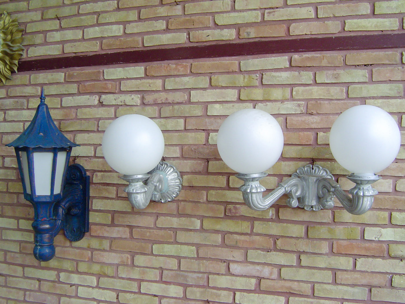 landscape accessories with lighting